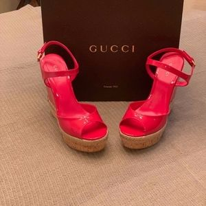 Gucci Hollie Wedge Sandal Shocking Pink Size 7
